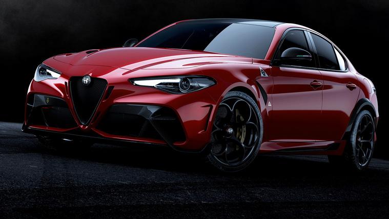 Két szupergyors Giuliát mutat be az Alfa Romeo