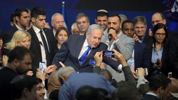 Netanjáhu visszatért, karnyújtásnyira a választási győzelem