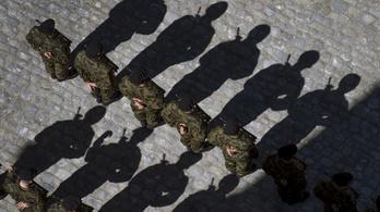 Karantén alá vonták a svájci hadsereget a koronavírus miatt