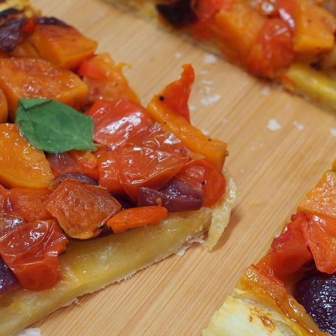 Isteni, fordított pizza leveles tésztából: 15 perc munka van csak vele