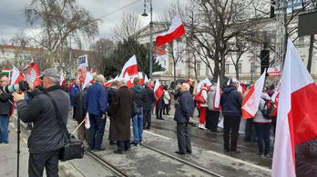 A koronavírus miatt nem jön lengyel különvonat március 15-ei ünnepségekre