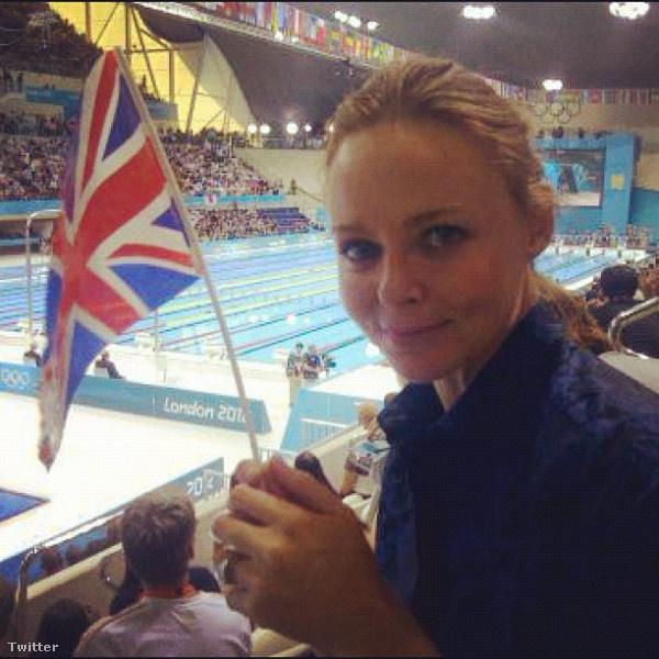 Stella McCartney brit divattervező a brit úszóknak szurkol
