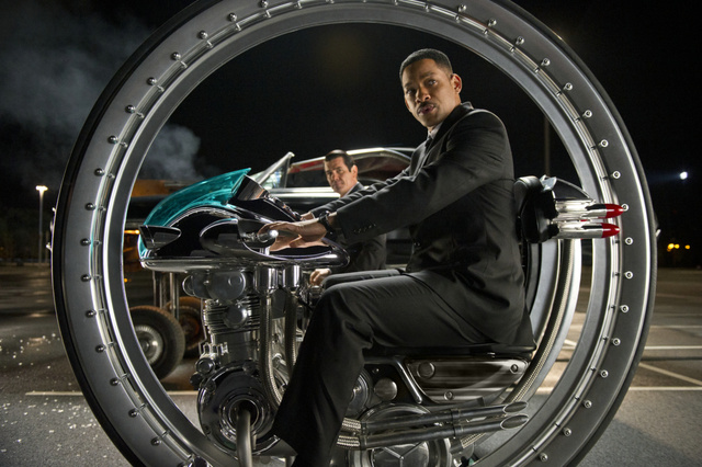 Will Smith és Josh Brolina  MIB III-ban