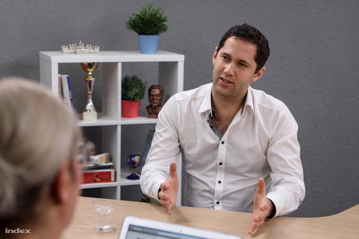 Papp Magor az Index stúdiójában
