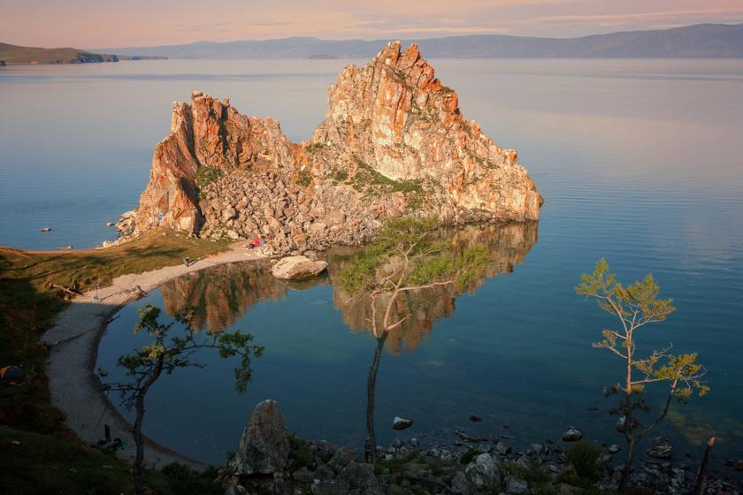 Dzsingisz kán meghajolt előtte, és Sztálin sem tudta lerombolni: a mágikus szikla ma is tiszteletnek örvend