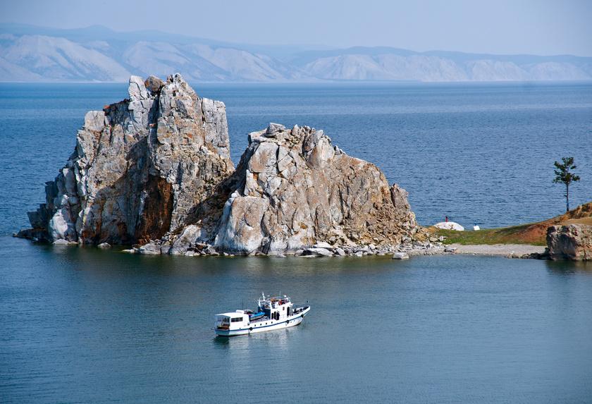 olhon sziget sámán szikla