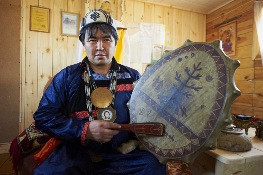Valentin Haggyajev, az Olhon-sziget sámánja.