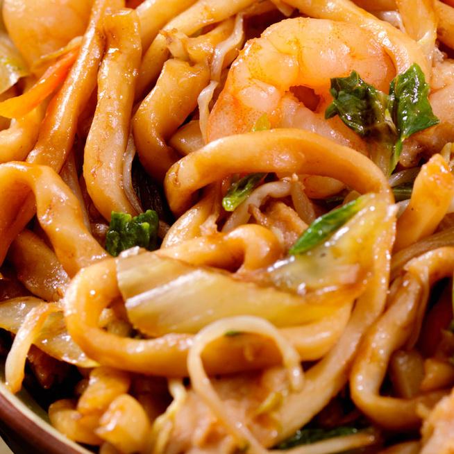 Pikáns és ízekben gazdag: az ázsiai tészta 20 perc alatt kerül az asztalra