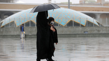 Iránban egy hónapra bezárják az összes iskolát