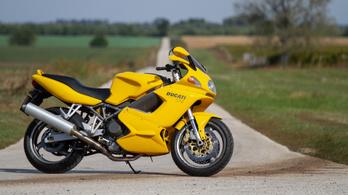 Használt: Ducati ST4 - 2000.