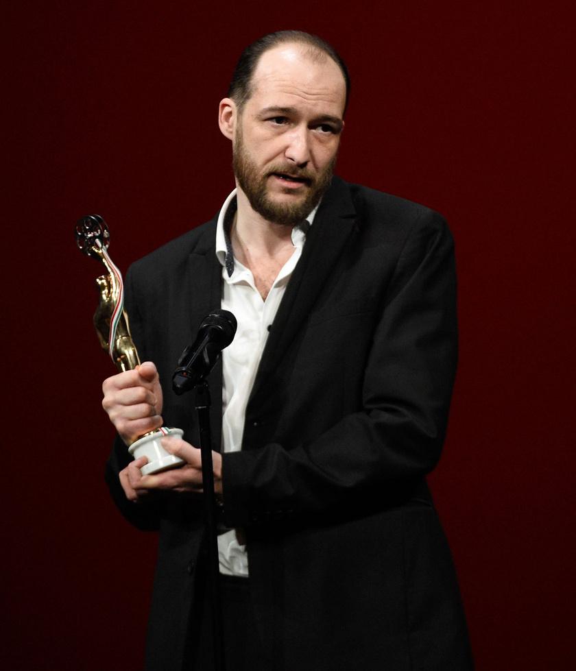 A legjobb játékfilmes férfi főszereplőnek járó díjjal kitüntetett Hajduk Károly (Akik maradtak)