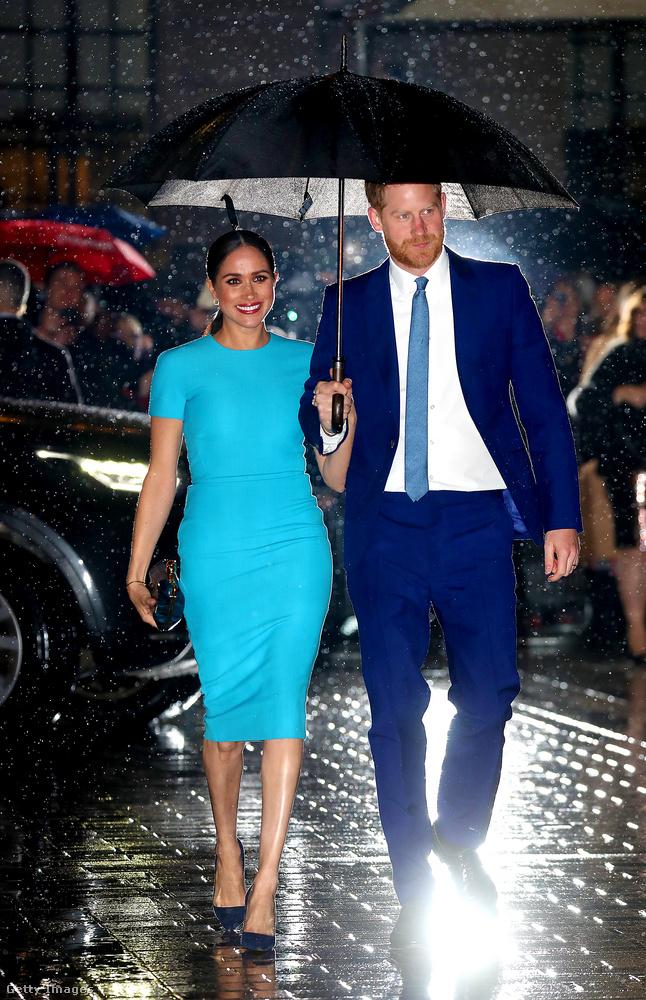 Hosszú idő után ismét Nagy-Britanniában, nyilvánosan jelent meg Harry herceg és felesége, Meghan hercegné