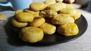 Glutén- és tejmentes burgonyás pogácsa: a tökéletes útravaló és vendégváró
