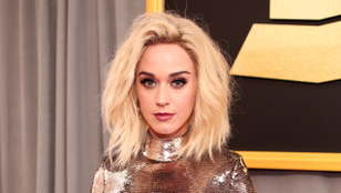 A terhes Katy Perry a koronavírus miatt halasztja el esküvőjét