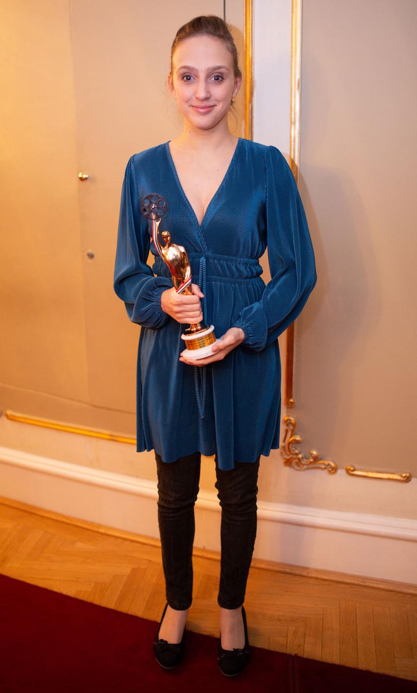 A legjobb tévéfilmes női főszereplő kategória nyertese, Sodró Eliza