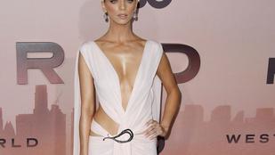 Melleikkel promotálták a Westworld 3. évadát a sorozat színésznői