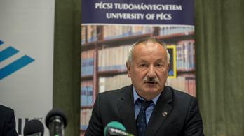 Utazási tilalmat rendeltek el a Pécsi Tudományegyetemen a vírus miatt