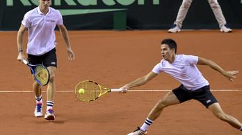 Bejutott a Davis-kupa döntőjébe a teniszválogatott