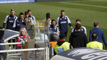 Kaotikussá vált az olasz futballbajnokság a koronavírus miatt