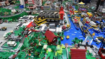 Zöldebbé válnak a Lego-elemek