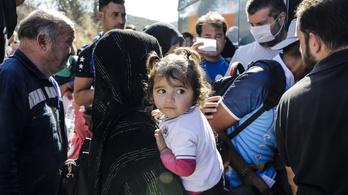 Uniós országok befogadnának 1000-1500 gyereket a görög menekülttáborokból