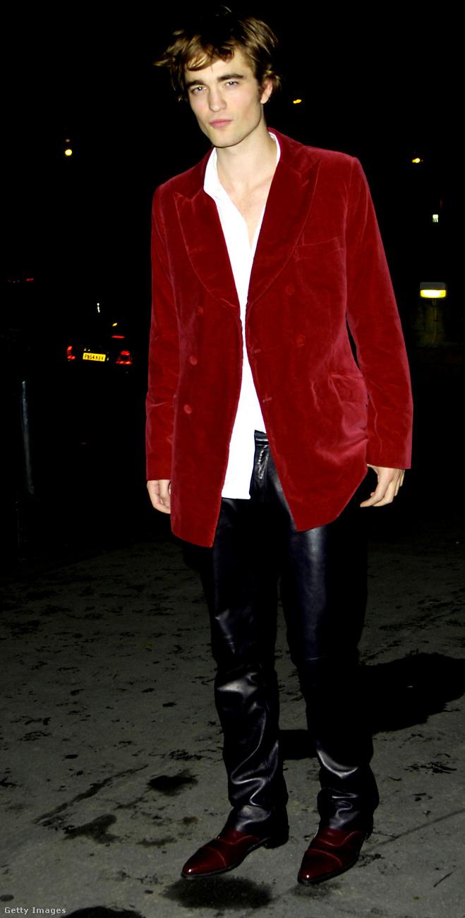 Robert Pattinsonnal a Harry Potter és a Tűz serlege című film premierjén szúrtak ki a stylistok.