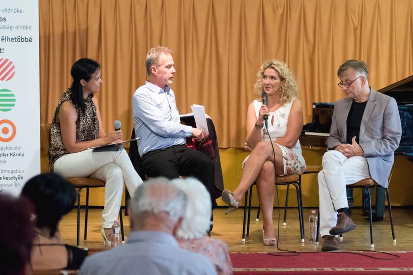 Hirtling István és Mácsai Pál színművészek is segítik az egyesület munkáját.