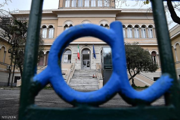 Bezárt genovai iskola 2020. március 5-én