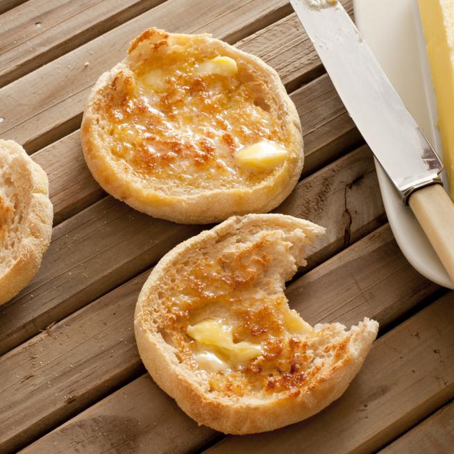 Így készül az eredeti angol muffin – Nem süti, viszont tökéletes reggeli
