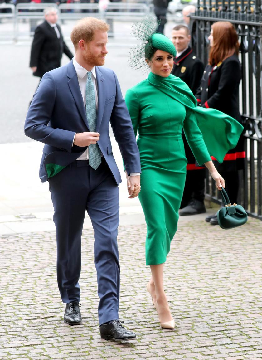 Meghan hercegné egy Emilia Wickstead-kreációt viselt a Nemzetközösség napján.