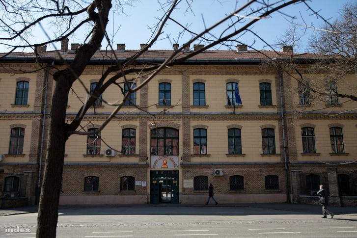 The Szent László block of the Central Hospital of Southern Pest