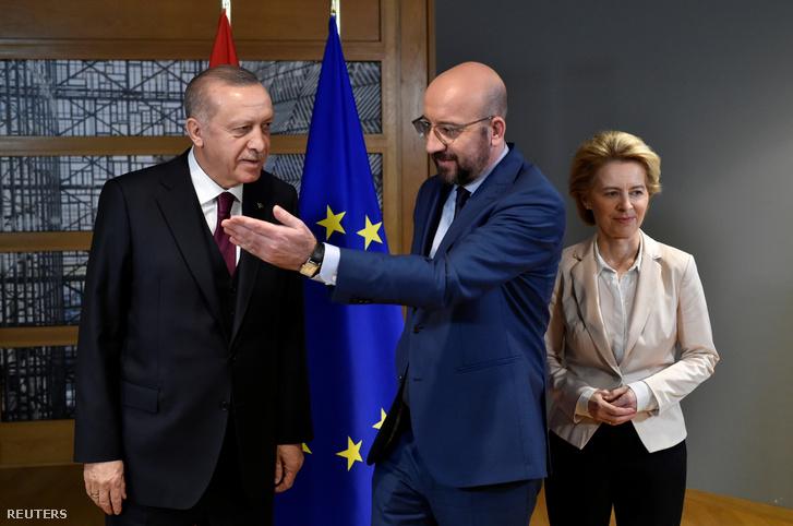 Erdogan, Charles Michellel és Von der Leyennel