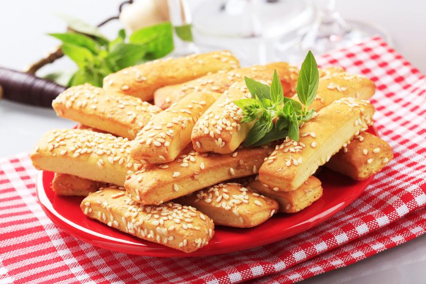 Omlós sajtos, joghurtos rudak: még keleszteni sem kell