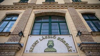 Kiengedték a Szent László Kórházból a fertőzésgyanúval bevonult holland férfit