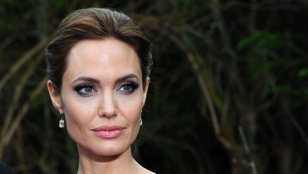 Angelina Jolie elmondta, hogy a családja érdekében hagyta el anno Brad Pittet