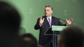 Orbán: Világjárvány lesz, a turisztikai szezonnak kampó