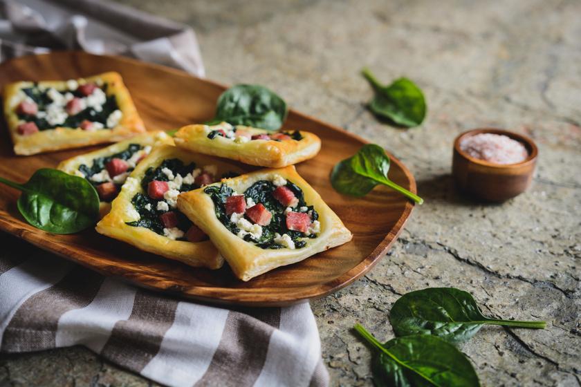 Villámgyors spenótos-baconös süti leveles tésztából: ropogós és jó fűszeres