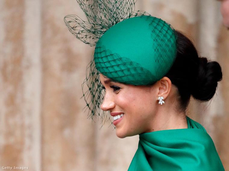 Ezek a hétfői fotók pedig a hercegi pár utolsó hivatalos királyi elfoglaltságát mutatják be