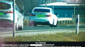 90 helyett 205-tel suhant át egy fehér BMW a traffipax előtt