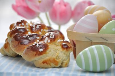 Így készítsd el a tökéletes húsvéti fonott kalácsot - Foszlós, és sokáig puha lesz a tészta