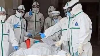 Egy 103 éves kínai nő felgyógyult a koronavírusból