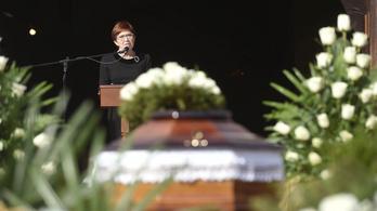 Személyes emlékekkel köszönt el Székely Évától a lánya és több más volt olimpikon
