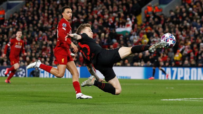 Az Atletico csodát tett, kétgólos hátrányból ejtették ki a címvédő Liverpoolt, a PSG-nek nem okozott gondot a Dortmund legyőzése