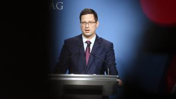 Veszélyhelyzet: az ellenzék javaslatait is a kormány elé viszi Gulyás Gergely