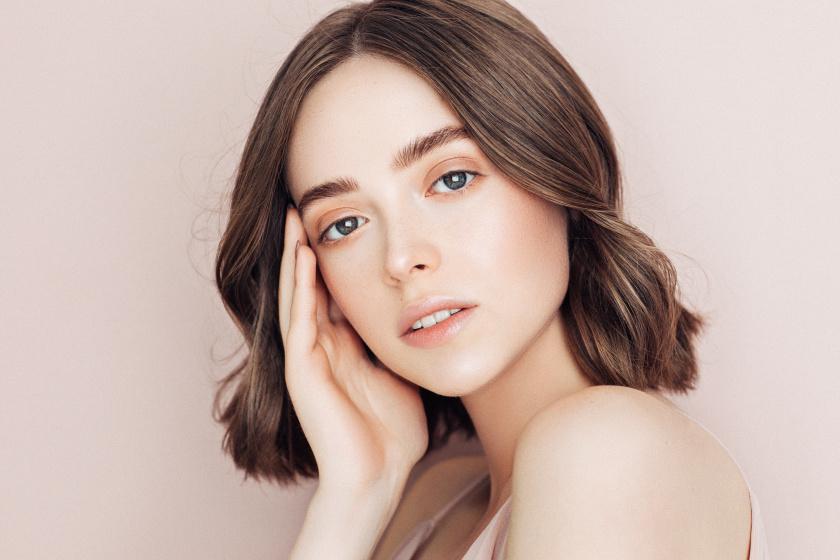 10 igazán nőies frizura, aminél nincs divatosabb tavasszal: rövid, félhosszú és hosszú fazonok