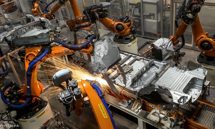 Február 24-én újraindult a koronavírus terjedése miatt leállított termelés a Volkswagen legtöbb kínai gyárában.