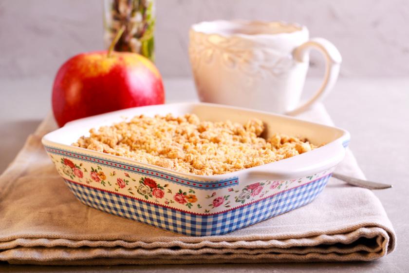 Egyszerű, illatos almás sütemény – A tésztája trükkösen áll össze