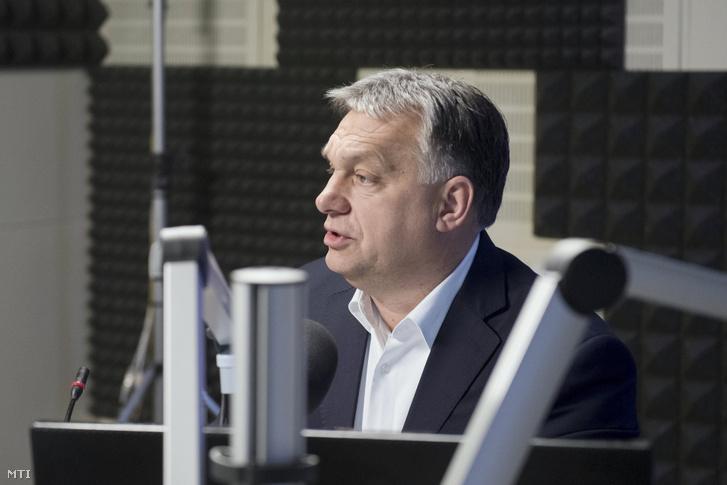 Orbán Viktor a Kossuth Rádió stúdiójában 2018. január 19-én