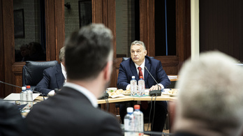Orbán Viktor negyed 10-kor bejelent valamit a koronavírusról