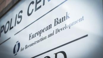 Egymilliárd eurós gazdasági mentőcsomagot kap Kelet-Európa a koronavírus miatt